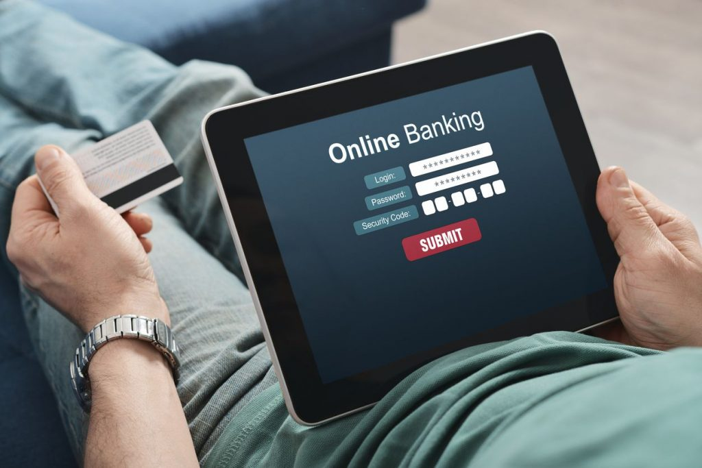Pros and Cons of Online Banking